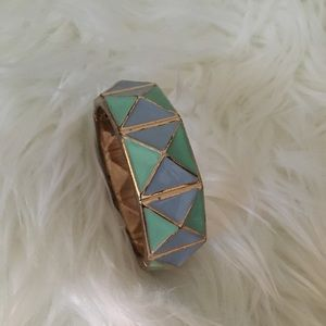 🌹 Beautiful Aztec cuff bracelet